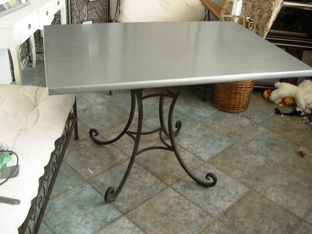 Recouvrir une table de zinc cheap french zinc topped for Recouvrir une table de zinc